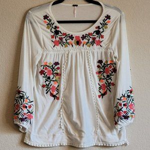 Cream Floral Embroidered Peasant Boho Knit Top - S